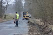 Silnice v nejhorším stavu Tachovska se konečně dočkala opravy a úplné rekonstrukce.