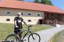 Exponáty Vesnického muzea v Halži.