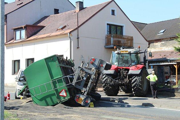 Dopravní nehoda vChodové Plané