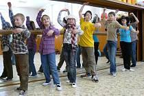 Tanec v Mraveništi se dětěm líbí