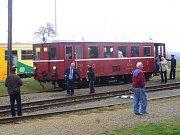 Bezdružice - Chutné zelené pivo, špekáčky, jízdu historickým vlakem, či prohlídku muzea. To vše si mohli užít návštěvníci bezdružické vlakové zastávky.