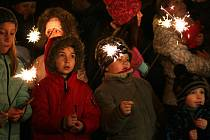 Na Zlatonedělním zpívání se lidé ze Studánky schází už od roku 2002.