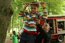 Děti zdolávaly lanovou dráhu