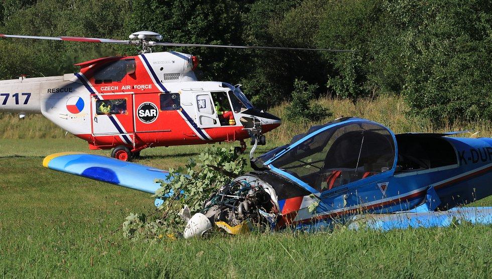 Pád malého letadla u Oldřichova na Tachovsku.