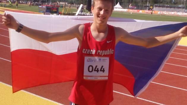 Jakub Davidík po úspěšných závodech v Maďarsku.