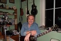 Radko Andrejs ve svém nahrávacím studiu v Konstantinových Lázních