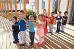 Mateřská škola Přístavní zahájila během pondělí částečný provoz.