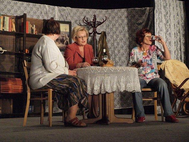 Spolek Žlutičan zahrál v bezdružickém kulturním domě.