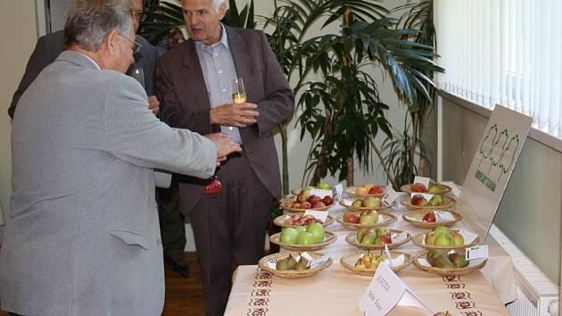 Ovoce z genového sadu mohli vidět například návštěvníci zářijové zahrádkářské výstavy v Tachově
