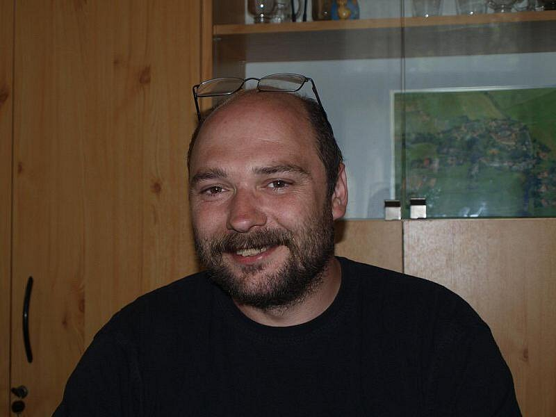 Místotarosta obce Únehle Karel Uzel