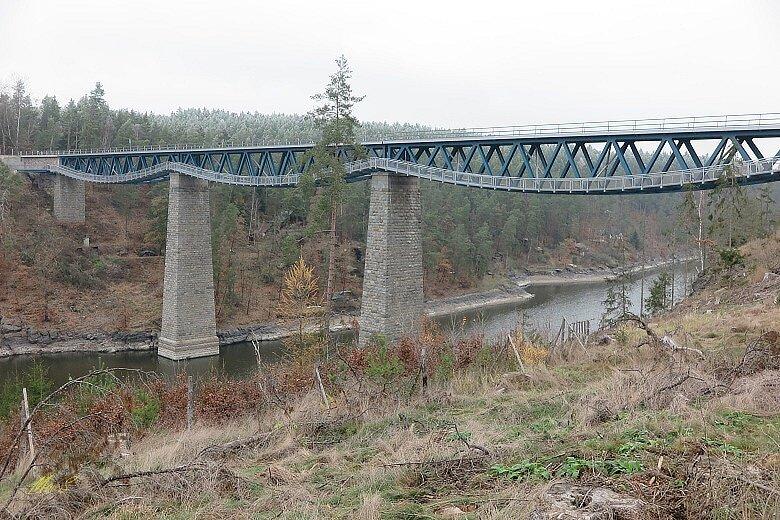 Výlet k pňovanskému mostu.