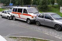 Ve středu odpoledne došlo ke střetu tří vozidel ve Stříbře u benzínové stanice AGIP v Plzeňské ulici.