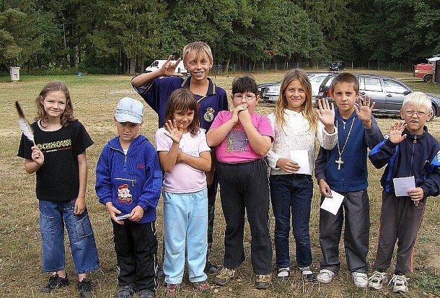 Na stříbrském terénu se loučily děti s létem.