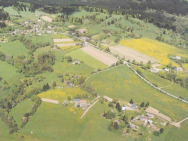 Obec Obora, letecký pohled na současný stav.
