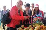 Slavnosti jablek se letos poprvé konaly v Bezdružicích a přitáhly tisíce návštěvníků.