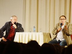 Duo Šíp – Náhlovský bavilo jak tachovské diváky, tak sebe samotné. Všichni odcházeli s dobrou náladou a spokojeným úsměvem.