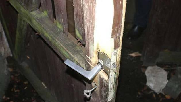 Policie zajistila v domě řadu věcí.