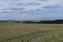 Vizualizace rozestavení větrných elektráren u Stříbra, pohled ze silnice mezi Sytnem a Stříbrem