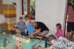 Při oslavách byla v Cebivi k vidění i modelová železnice.