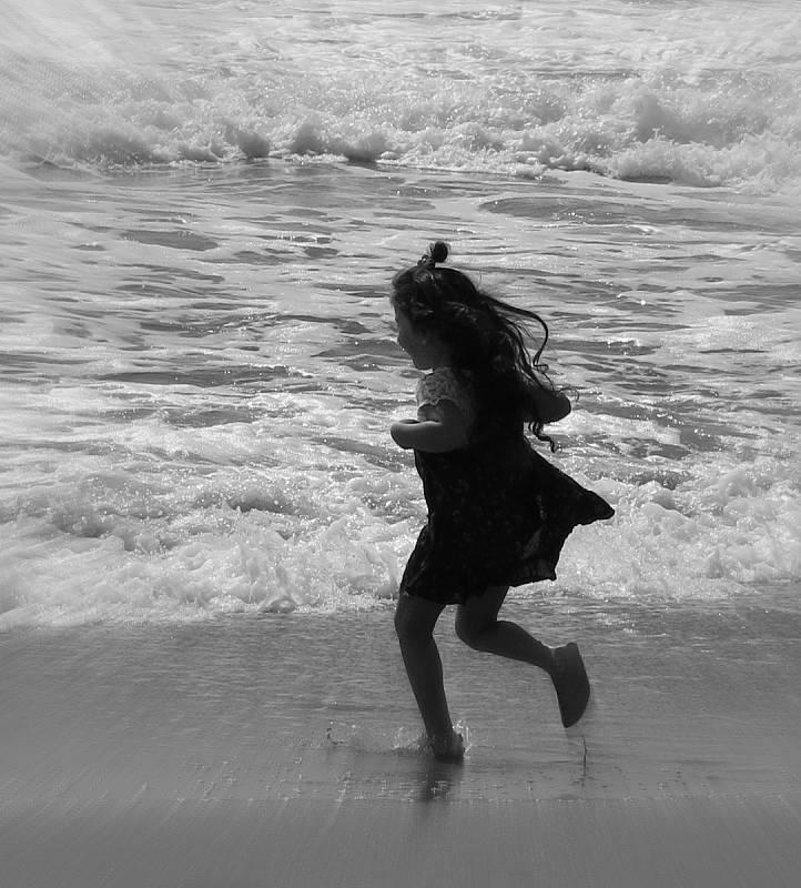 Libuše Kilarská: Děvčátko a moře