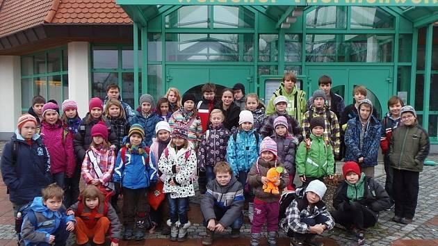 PRO DĚTI ze Stříbrska uspořádal DDM Stříbro zájezd do zážitkového bazénu v bavorském Weidenu.
