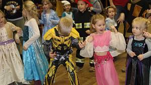 Maškarní ples v Kladrubech