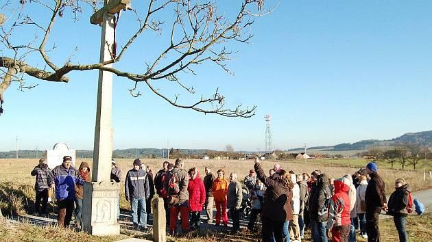 Mezi osadami Zliv a Svahy vede nově zrekonstruovaná cesta.