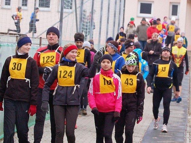 Atletika: Ve Stříbře se konal 41. ročník Silvestrovského běhu za účasti 64 závodníků.