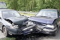 Novela silničního zákona měla na české komunikace přinést snížení nehodovosti a úmrtnosti. To se podle řady řidičů zatím příliš nenaplňuje.