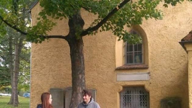 Gymnazisté uspořádali pro halžské školáky procházku Tachovem.