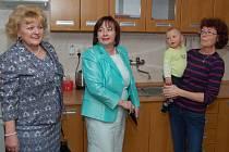 Z návštěvy paní prezidentové v Plané v dětském domově Čtyřlístek.