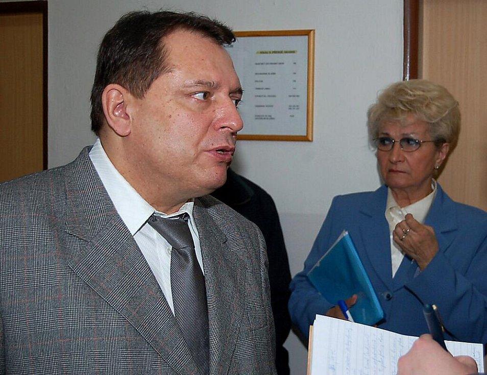 Jiří Paroubek pobyl na Úřadu práce v Tachově