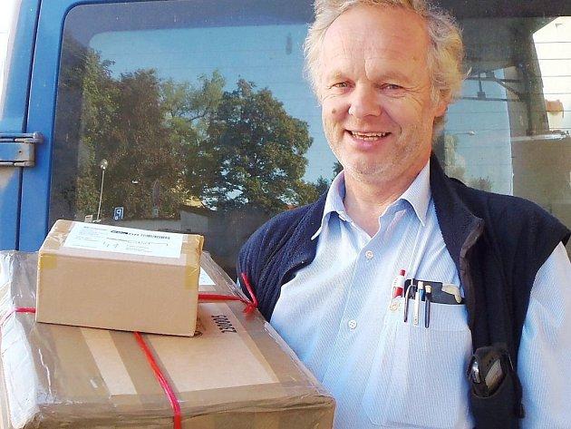 Mojmír Strnad, poštovní doručovatel