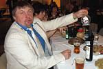 Tradiční Únešovský ples se opět po roce konal ve stříbrském kulturním domě