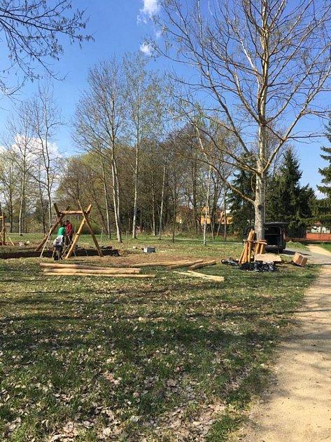 Centrální park vPlané nabídne pět dětských herních prvků.