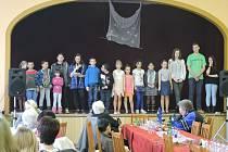 Oslavu MDŽ v Lestkově pomohly uspořádat samotné děti.