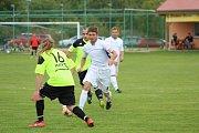Snímky z utkání Lomu a Chodského Újezdu.