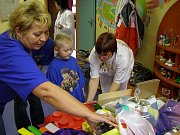 Dětská klinika přijala dárky ze stříbrské sbírky.