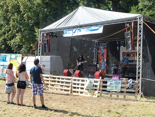 Festival Zvuky léta se odehrál na tachovské Minerálce.