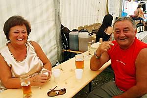 Slavnosti piva a vína v Rozvadově.