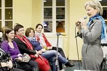 JANA SIEBEROVÁ popsala na přednášce v Tachově svoje zkušenosti s doprovázením umírajících v jejich posledních dnech.