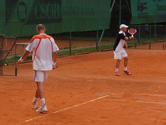 Potřetí za sebou vyhrál tradiční tenisový turnaj o Husitský palcát, který se uskutečnil v sobotu v Tachově, domažlický Lukáš Beránek.