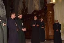 Benediktini prováděli kladrubským klášterem.