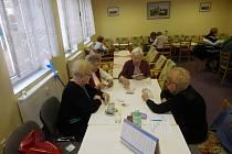 Ze setkání seniorů v klubu ve Stříbře.