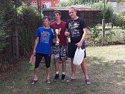 Vítězný tým nohejbalového turnaje trojic.