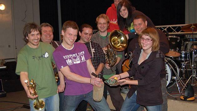 Skupina Skavare při křtu svého debutového alba.