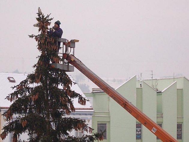 Z tachovských ulic zmizela vánoční výzdoba