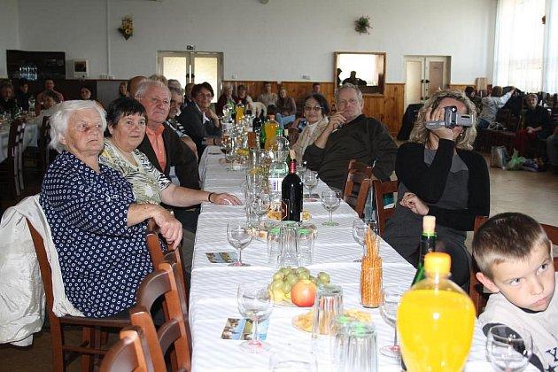 Setkání seniorů v Tisové