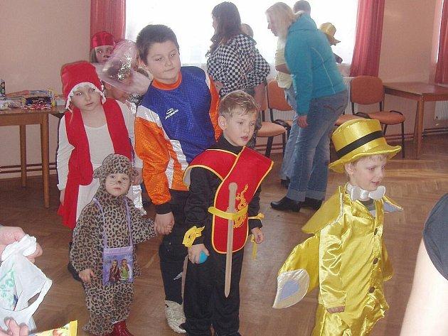 Maškarní rej pro děti i mládež se konal ve slavickém kulturním domě.