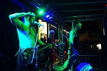 Festival nabídl hudbu, motorky i ohňovou šou.